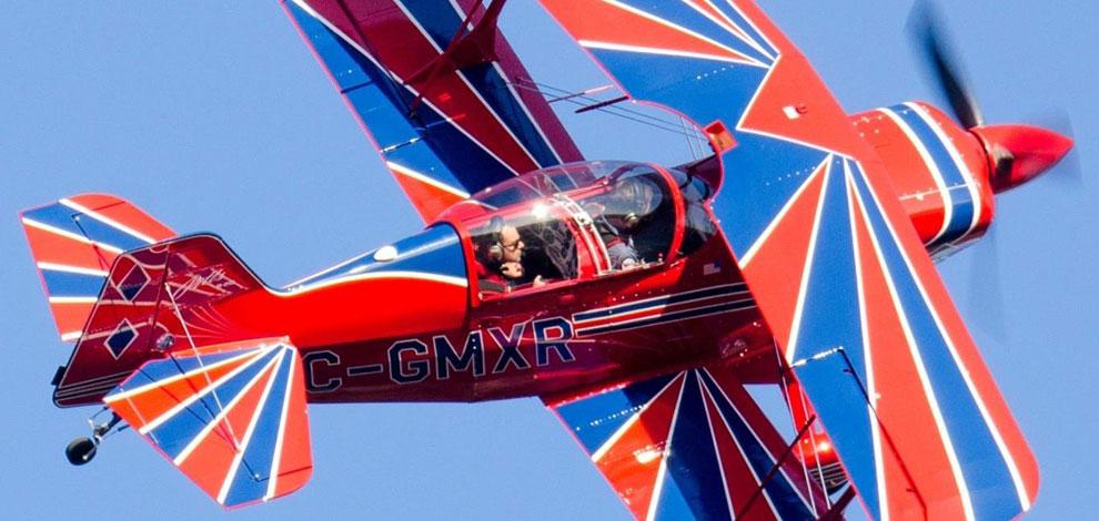 Avion acrobatique - Voltige aérienn Montréal Québec