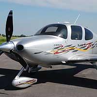 Avion - Pilote d`un jour - Cirrus - St-Hubert