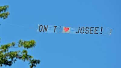 publicite aerienne banderole - Banderole Demande En Mariage
